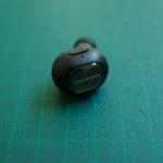 つけていても目立たない超小型Bluetoothイヤホン