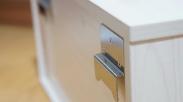 壁美人 ボックスの裏側、金具詳細